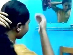 নারী শিম্পাঞ্জি করে তোলে বাংলাদেশি মেয়েদের সেক্স ভিডিও
